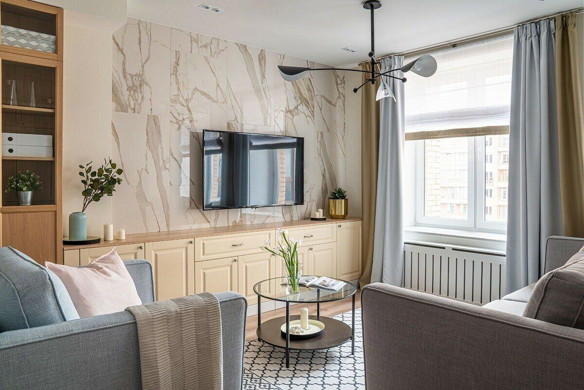 9 красивых и стильных вариантов отделки стены за телевизором
