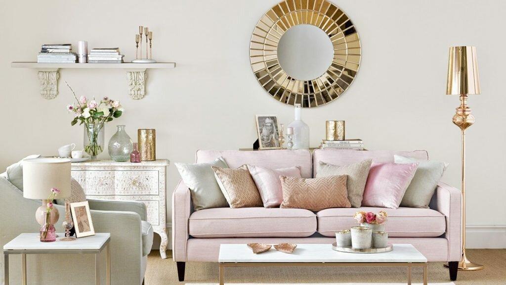 Как оформить гостиную в романтическом стиле. Идеи и примеры