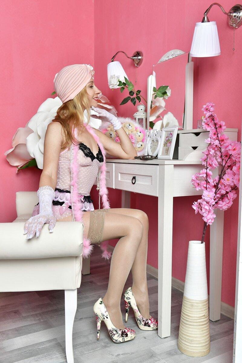 Столик для макияжа в спальню – нужен ли он? Расскажу плюсы и минусы использования