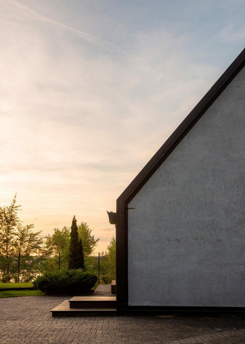 Солнечная терраса в доме на берегу Волги