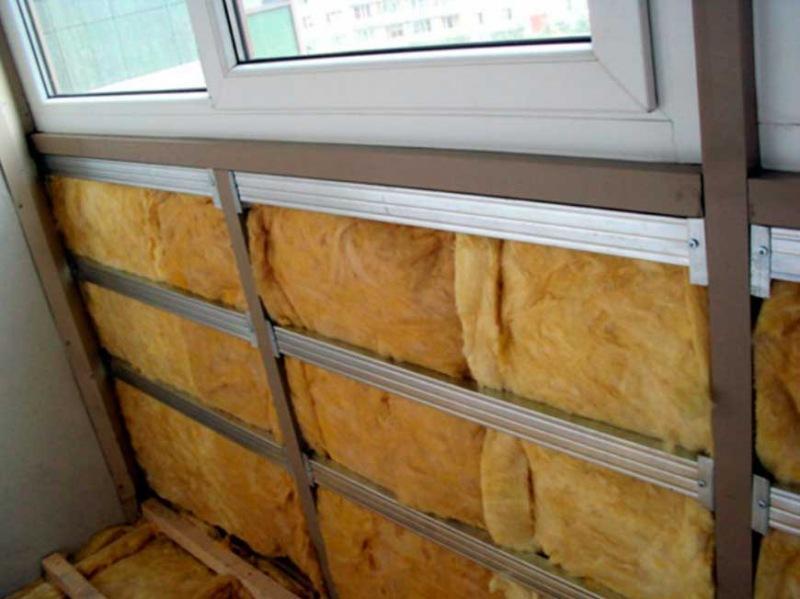 Как утеплить лоджию изнутри, материалы для тепла: отзывы профессионалов