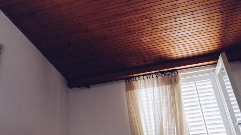 Какие панели для потолка и какие лучше: для кухни, ванной и других помещений