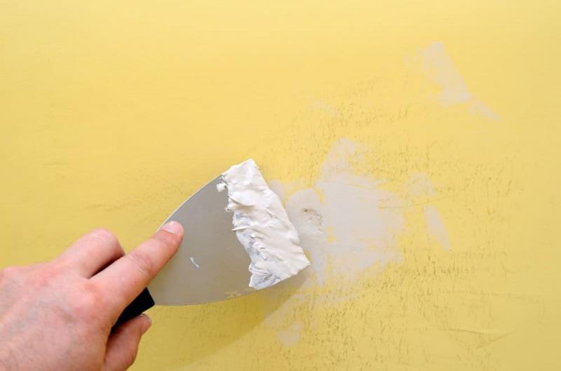 Какую грунтовку выбрать для стен перед обивкой?