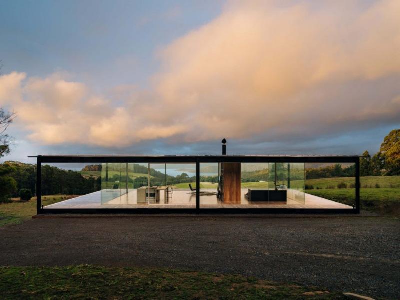 Стеклянный дом в Тасмании